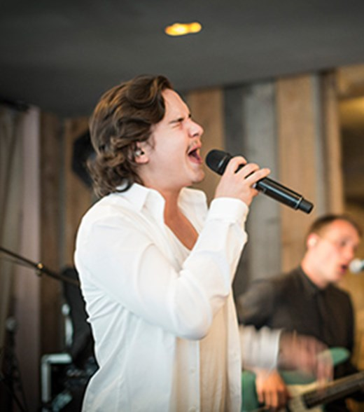 Lukas-Graham-at-restaurant-Kadeau.jpg